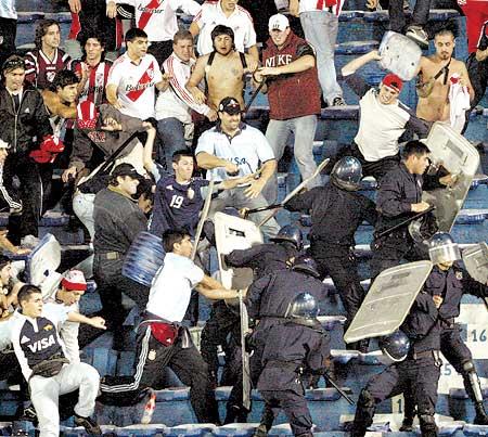 Violencia-en-el-futbol-1